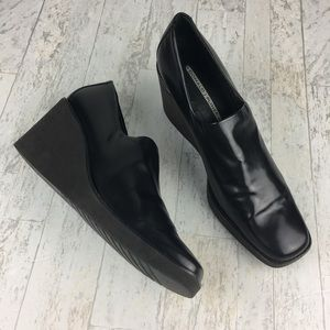 Donald J. Pliner Ideal Black Wedge Shoes Size 9.5
